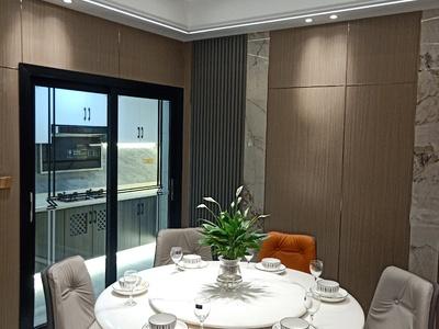 凤凰湖畔世纪城4室2厅2卫128平米78.8万住宅