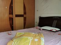 出租其他小区3室2厅2卫134平米850元/月住宅