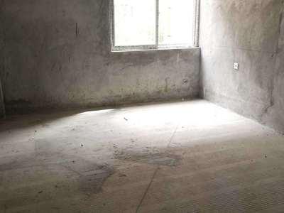 兴龙湖小学对面香缇时光中庭一楼洋房带前后花园低价急售