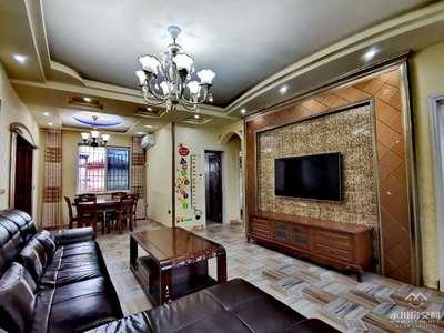 出售维诗卡4室2厅2卫116平米73.8万住宅