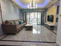 兴龙湖畔,金域蓝湾电梯豪装大4房,带大阳台 ,全中庭,急售