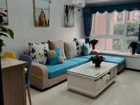 兴龙湖畔,维诗卡住家精装两房,带平台,家电齐全,只要40多万!