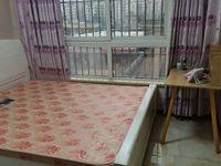 出租泊金湾3室2厅2卫主卧带卫生间750元/月住宅