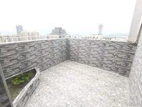 好房推荐!兴龙湖畔,电梯房 南北通透视野好 带私家露台68.6万i