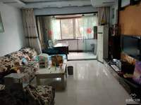 出租红河丽景3室2厅2卫130平米1600元/月住宅