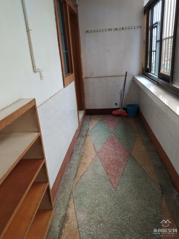 出租中央大街2室1厅1卫50平米600元/月住宅