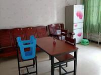 出租金盾小区1室1厅1卫50平米700元/月住宅