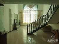 出售金盾小区4室3厅3卫183平米56万住宅