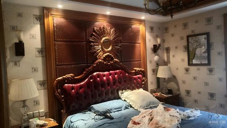 万达旁江鸿枫侨郡豪装四室洋房低价急售 装修花了70万 全一线品牌